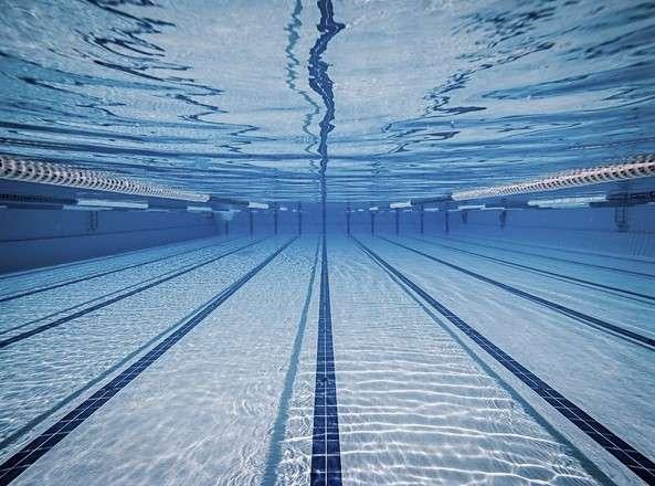Utsikt i en simbassäng