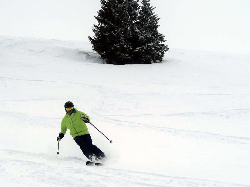 Tomas åker skidor